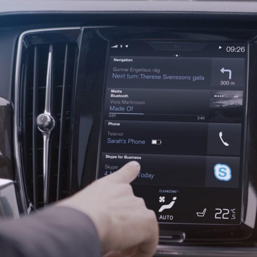 Primer auto con Skype for Business